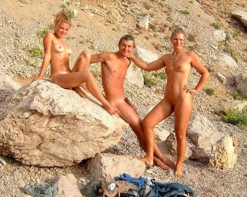 фото голых девушек нудистов